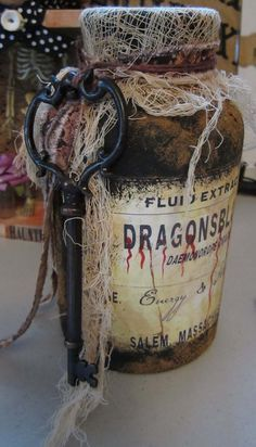 aLtErEd ArT DrAgOnsblOOd PoTiOn JaR WiTcHs Tool for SpElls HaLLowEEn DeCoR OOAK