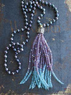 Freshwater pearl tassel necklace Purple Passion por slashKnots