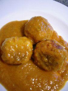 Albóndigas de merluza y gambas en salsa | hake meatballs and shrimp sauce