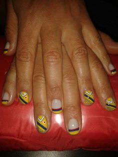 Colombianitas The Creation, Hands