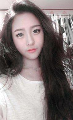 #ulzzang doll face & long hair