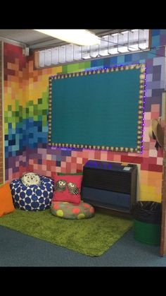 Classroom Wall Displays, Classroom Walls, Contemporary, Rugs, Home Decor, Farmhouse Rugs, Decoration Home, Room Decor, Home Interior Design