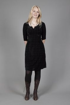 Classic dress in stretch velvet, Blover