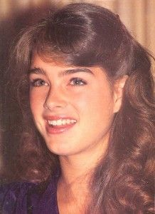 The Blue Lagoon press conference in Beverly Hills Most Beautiful People, Beautiful Women, Brooke Shields Young, 90s Outfit, Classic Beauty, Classic Fashion, Blue Lagoon, Hair Makeup, Actresses