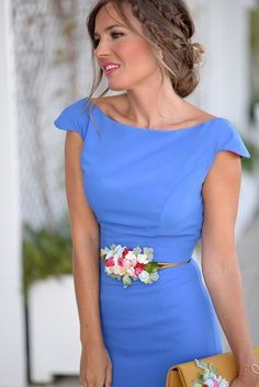 With An Exceptionally Chic Design Classy Outfits, Pretty Outfits, Gala Dresses, African Fashion Dresses, Lovely Dresses, Look Cool, Dress Patterns, Ideias Fashion, Party Dress