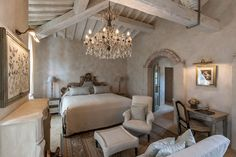 Excellent Look for Whitewashed or Painted Pale Beamed Ceilings La Mora - Garden Suite, Borgo San Pietro