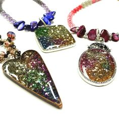 Resin Crafts: Jewelry Resin and Stampendous Glass Glitter