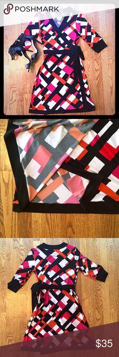 "EEUC Alfani wrap dress 💕 Worn 1x! 95% poly, 5% spandex, approx 35"" length. Mod geo print in orange, hot pink, white and black 💕🙌🏻. Non smoking home Alfani Dresses Midi"