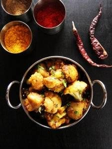 Instant Pot Aloo Gobi | Indian Cauliflower with Potatoes P1 - Paint the Kitchen Red