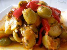 סלט קישואים וזיתים צבעוני - אוכל ודברים טובים - תפוז בלוגים