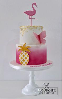 Flamingo and Pineapple Cake. Pink Birthday Cake. Pink and Gold Cake. Flamingo Cake.