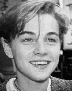 Leonard Dicaprio, Young Leonardo Dicaprio, Brad Pitt, Beautiful Boys, Pretty Boys, Hxh Characters, Roger Taylor, Future Boyfriend, Johnny Depp