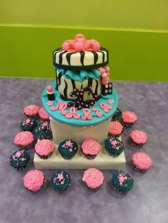 10th birthday cake party at sweet n sassy