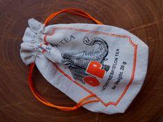 https://flic.kr/p/Gk85dM | Bolsa de vainita, drawstring bag | Hecha con bolsa de té que mi hermana trajo de Sri Lanka