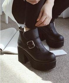 Fashion Platform Chunky HEEL Shoes Metal Buckle Ankle Boots Motor Boots Shoes