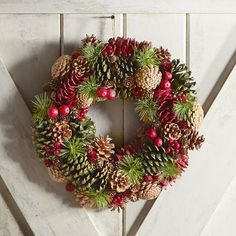 "Natural Pinecone 15"" Wreath 