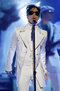 Prince Photos - 2007 NCLR ALMA Awards - Show - Zimbio