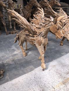 Contactgegevens De Splinter B.V. IJsselweg 5 7061 XT Terborg Nederland ☎️:0315 - 325 436   WhatsApp 06-26647802 📧 info@desplinter.nl  🌎 www.desplinter.nl Driftwood, Pony, Lion Sculpture, Statue, Art, Pony Horse, Art Background, Kunst, Ponies