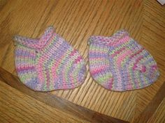 Baby Booties and Mommy Socks Baby Booties, Baby Shoes, Baby Items, Socks, Booty, Pattern, Kids, Clothes, Young Children