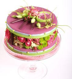 Atelier Fleurs d'Auteuil- mousses légères et gâteaux fleurs                                                                                                                                                                                 Plus