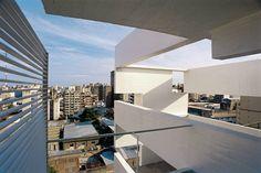Flashback: Residential Building in Rosario / Rafael Iglesia