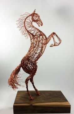 horse wire sculpture