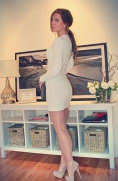 Men wear should wear short dresses, high heels & pantyhose just like girls...