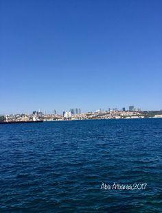 المؤمن في الدنيا كالغريب لا يجزع من ذلِّها ولا يُنافس في عِزِّها له شأنٌ و للنَّاس شأنٌ. - الحسن البصري.  #turkey  #istanbul  #Sea #photography