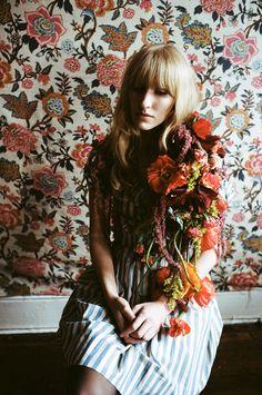Parker Fitzgerald, Winter Flowers for Kinfolk Luz Natural, Fitz Huxley, Kinfolk Magazine, Boho Life, Winter Flowers, Photo Projects, Vintage Girls, Timeless Beauty, Flowers In Hair