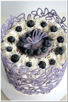 DIY Chocolate Lace Cake