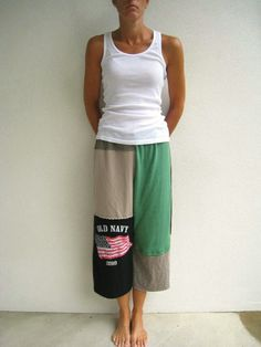 T Shirt Cropped Pants / Capris / S  M / Recycled Tees / by ohzie
