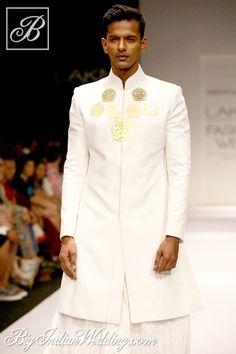 Nikhil Thampi sherwani for men