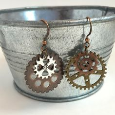 Industrial Gear Earrings Steampunk Urban Techie Gift Mechanical Jewelry Geek City Style Under 20 Unique Gifts Popular Trends Fashion Trends by EntirelyChic on Etsy Bronze Anniversary Gifts, Gifts For Techies, Winter 2018 Fashion, Steampunk Earrings, Urban Fashion Trends, Gothic Accessories, City Style, Jewelry Trends, Unique Jewelry