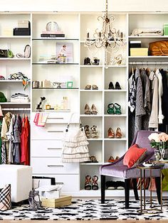 Give your shoes a little space with their own square cubbies. #shoestorage