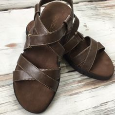 adddbc052c AEROSOLES Shoes | Aerosoles Brown Strappy Sandals Like New Size 7.5 |  Color: Brown