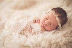 Newborn Portrait & Photography Gallery | Elan Studio