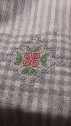 Broderie Suisse, Chicken scratch, Swiss embroidery, Bordado espanol, Stof veranderen.: