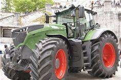 BauernZeitung | Onlineportal der Schweizer Agrarmedien GmbH Equipment, Tractor, Horse, Newspaper, Swiss Guard, Magazines