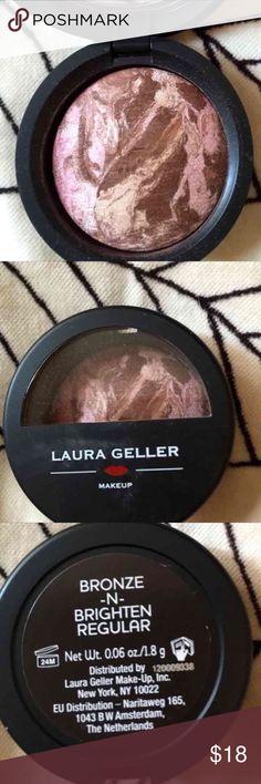 Laura Geller Blush-n-Brighten Baked Long Lasting Really gorgeous Highlighter and Bronzer. Baked! Brand New, but no box! .06 oz 1.8 grams. Laura Geller Makeup Luminizer