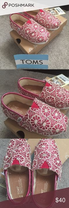 Toms Classic Pink Crochet Glitter Brand new in box. These have a Velcro strap to fit. TOMS Shoes