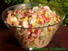 Wurst-Käse-Salat mit Mais und Paprika Sausage and cheese salad with corn and paprika Corn salad with roastedShrimp Avocado Corn SaladCheese salad – easy & lec Hamburger Meat Recipes, Sausage Recipes, Cheese Recipes, Fruit Recipes, Salad Recipes, Egg Recipes, Grilling Recipes, Cooking Recipes, Law Carb