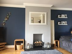 Cozy Grey Living Room, Navy Living Rooms, Blue Living Room Decor, Living Room Color Schemes, New Living Room, My New Room, Living Room Designs, Living Room Ideas Grey And Blue, Blue Feature Wall Living Room