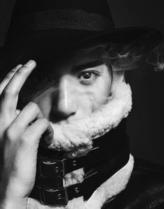 #smoke #fume #ease #lightness #korean #boy #model #kimyongha