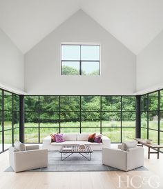 Tour a Bridgehampton Home That Beautifully Combines Traditional and Contemporary Architecture - Hamptons Cottages & Gardens - August 15 2018 - Hamptons Contemporary Lounge, Contemporary Stairs, Contemporary Building, Contemporary Apartment, Contemporary Interior Design, Contemporary Architecture, Contemporary Furniture, Contemporary Landscape, Pavilion Architecture