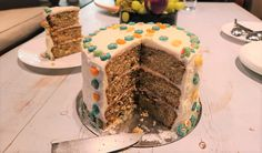 עוגת קורנפלקס צבעוני. עוגה יפה וטעימה, עוגה מתוקה עם קראנץ קורנפלקס בכל ביס, קורנפלקס טריקס. קלה להכנה. מתאימה לכל מפגש חגיגי ומשמח.