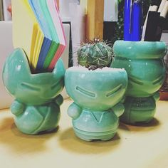 Amamos el verde ❤️. Puro Diseño 2016  #purodiseño #mudoobjetos #diseño #ceramica #cactus #guerrerosdeescritorio