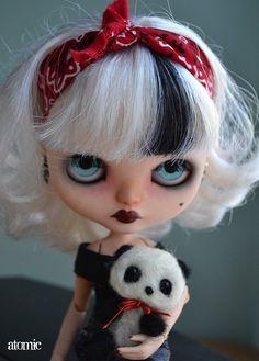 Custom blythe doll and felted panda