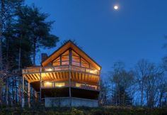 Looking for a great cabin in a private setting right on the river?  www.blueskycabinrental.com