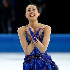 最高の演技を終え、浅田真央は感極まってうれし涙を流した【Getty Images】