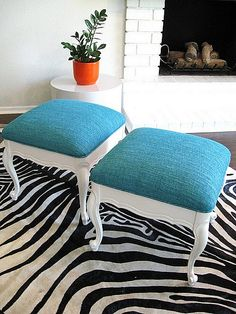 repurpose chairs to ottomans/stools - no link but this may be a good idea for Grampa old chairs. Refurbished Furniture, Repurposed Furniture, Furniture Makeover, Painted Furniture, Turquoise Furniture, Plywood Furniture, Furniture Projects, Furniture Making, Home Furniture